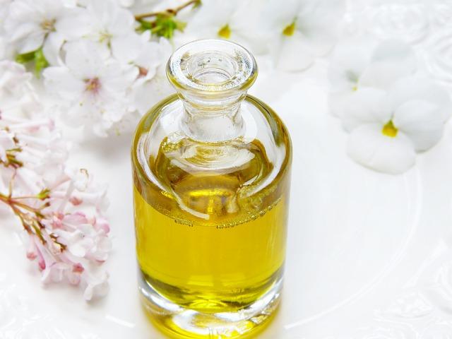 Эфирное масло сандала 🧴 – купить масло сандалового дерева по низкой цене в Владимире